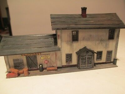 Very Nice Rural 2 Story N Scale Passenger-Freight Station Wooden  Building