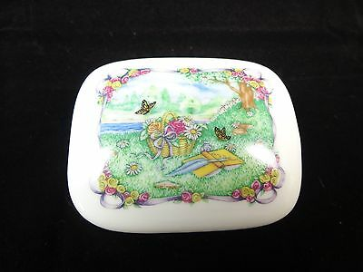 Heritage House Porcelain Music Box Garden Scene Book play The Way we Were New 13