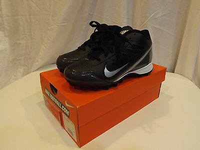 Nike Land Shark 3/4 GS Football Cleaths Size 2.5Y 2.5 Youth NEW~
