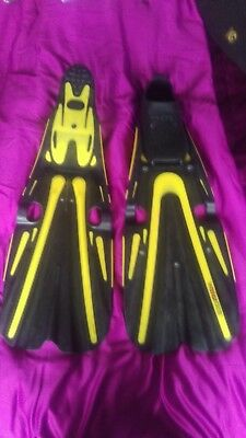 Full foot fins - Mares Volo Race - Size 41-42 6 1/2 - 7 1/2