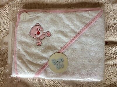 **NEW** Beautiful BOBEAR Cuddle Robe  / Baby / Infant  Hooded Bath Towel (pink)