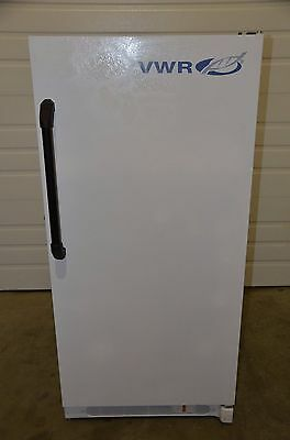 VWR Fisher SCBMF-1420  -20°C 14cu/ft Upright Lab Freezer w/ Digital Temp Control