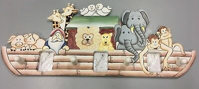 Solid Wood Decorative Noah's Ark Theme Children's Coat Rack with Picture Holders