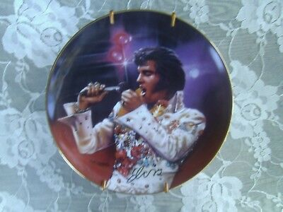 """Limited Edition """"the King"""" Remembering Elvis 1995 Decoration Porcelain Plate"""