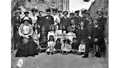 PHOTOGRAPHIC GLASS NEGATIVE FAMILY GROUP AT DORCHESTER DORSET VICTORIAN c1900