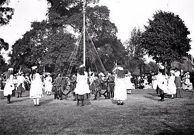 PHOTOGRAPHIC GLASS NEGATIVE MAY POLE DANCING BROMLEY KENT MAY DAY c1895  SUPERB!