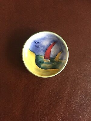 Moorcroft small dish with sea scene showing 2 yachts