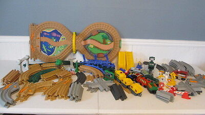 Large Lot Of Fisher Price Geotrax Geo Trax Track Trains Cars Zoo Accessories