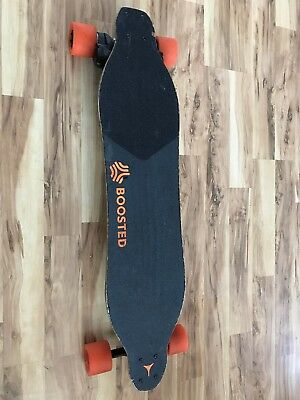 Boosted  Dual V1+Electric Longboard (does not recharge the battery Or for parts)