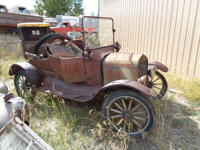 1917 Ford Runabout roadster  1916-19 Ford Model T runabout