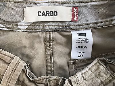 LEVI Mens Cargo Shorts TAN or LIGHT BROWN 30 x 11 Very Good Condition
