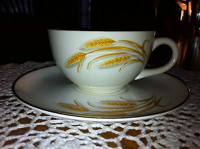 VINTAGE GOLDEN WHEAT CHINA  22K GOLD TRIM HOMER LAUGHLIN CUP & SAUCER. cream
