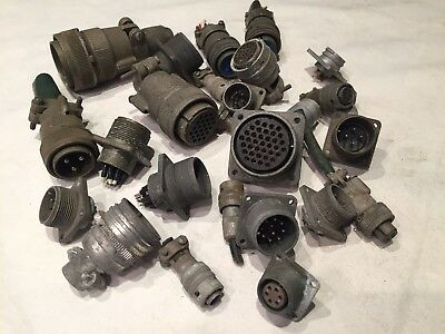 Bulk Lot Of Vintage Aircraft Canon Plugs And Sockets Various Sizes