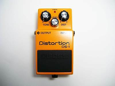 BOSS DS-1 80's Vintage Distortion Guitar Effect Pedal Made In Japan MIJ