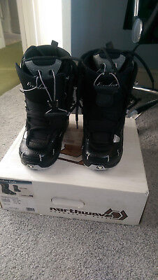 Unused - Black Ladies Northwave Snowboard Boots Size 36