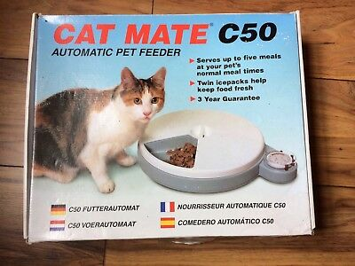Catmate C50 Automatic Pet Feeder Cat Or Small Dog Excellent Condition In Or box