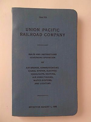 1945 Union Pacific Railroad Rules & Instructions -Excellent Condition -Free Ship