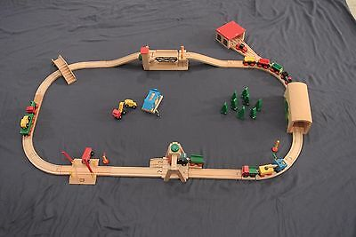 Genuine BRIO Sweden Vtg Wooden Train Set Car, Crane, Bridge, Tunnel, Engine Shed