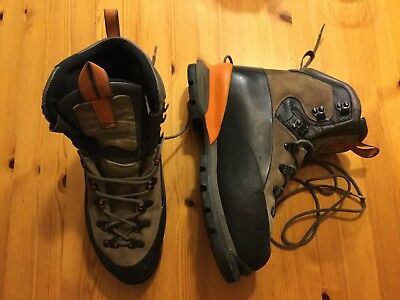 SALOMON EXP MOUNTAINEERING BOOTS UK 10.5 Climbing Walking Ice. barely used