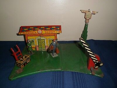 Antique MARX Tin Toy Litho Railroad Train Station Glendale Depot & Accessories