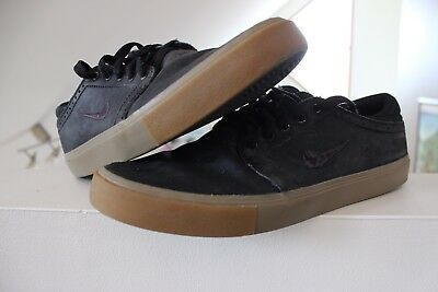 Nike SB Black Leather Gum Shoes US 8.5