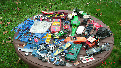 Lot of vintage model car kits,parts and pieces