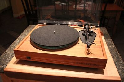 Systemdek IIX turntable - New Grado Blue Cartridge. Great sound.