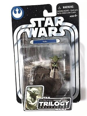 2004 Star Wars Yoda The Original Trilogy Collection Active Figure. NEW