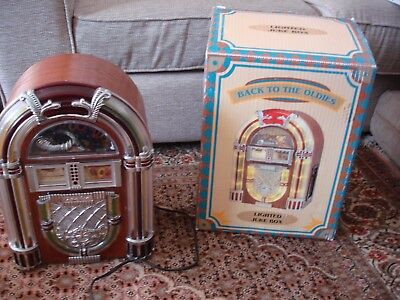 Vintage Retro Lighted Jukebox