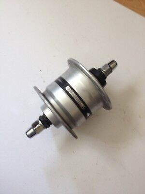 Shimano DH-3N31-NT dyno hub 32 hole bolt on