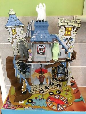 Scooby Doo Haunted House 3D Moving Board Game - Halloween Ghost Horror Spooky