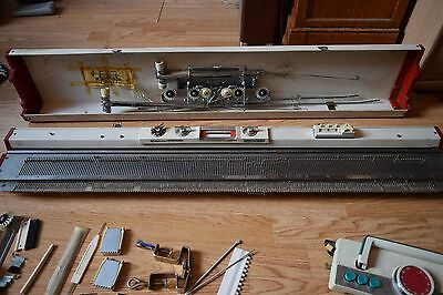 Empisal Knitmaster - Model 305 Automatic - With Accessories