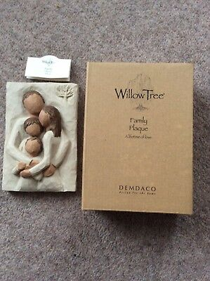 """Willow Tree wall plaque Family """"a lifetime of love"""" boxed, 6"""" x 4"""""""