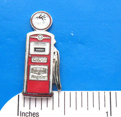 BENNETT  Mobilegas gas pump  - hat  pin , lapel pin ,  tie tac GIFT BOXED