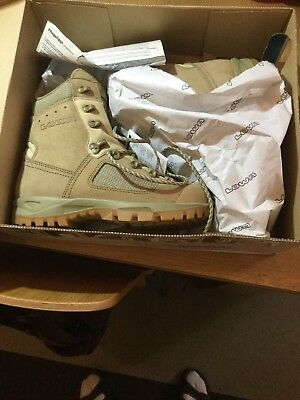 Lowa Elite Desert Boots Size 8 BNIB with tags