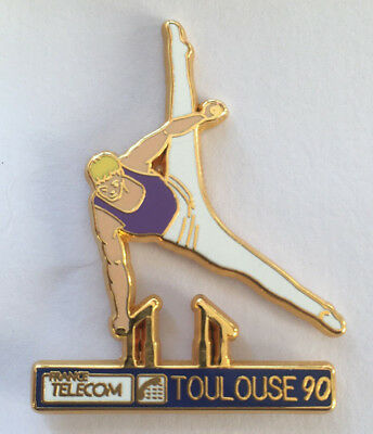 Superbe Pin's ARTHUS BERTRAND GYM FRANCE TELECOM TOULOUSE 90 gymnastique