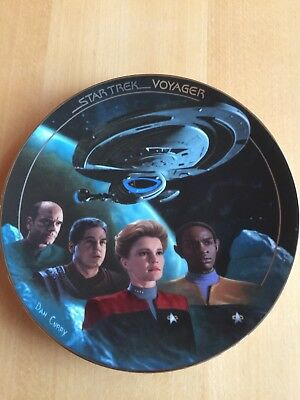 The Hamilton Collection: Star Trek Voyager 'The Voyage Begins'