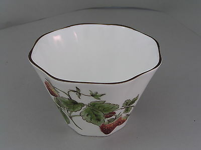 Coalport Strawberry Wavey Edge Sugar Bowl.
