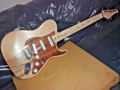NEW Costum Electric guitar with 6 strings and natural telecaster squier cv60