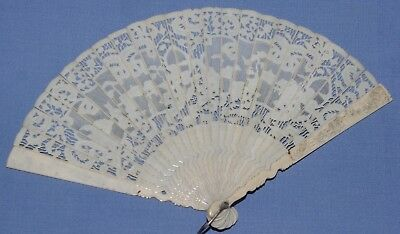 Beautiful Antique 19Th Century Chinese Cantonese Brise Hand Fan Finely Carved