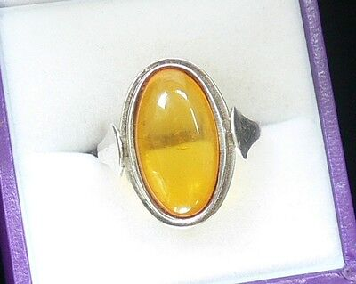 Gorgeous Vintage Oval Clear Honey Amber Silver Ring UK Size O 1/2 Baltic? 925