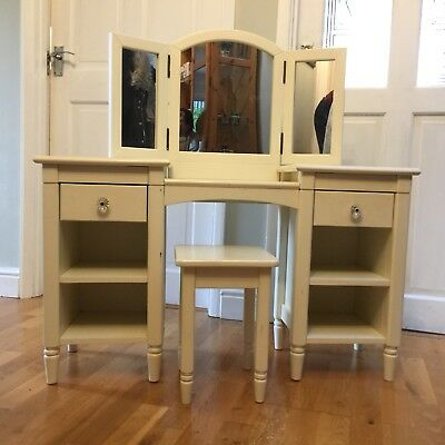 Mamas and Papas Childrens Dressing Table - used
