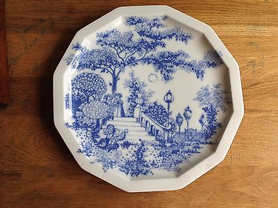 An early 1970's rare pattern Bjorn Wiinblad Rosenthal Studio line pottery plate