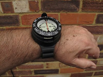 Mares Mission Ic Diving Wrist Compass New As Photo Shows New Not Used