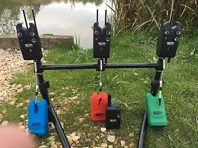 Delkim Txi Plus Receiver snag ears and korda stow 2 bobbins