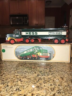 Hess Oil Vintage Truck RARE WITH ORIGINAL BOX!