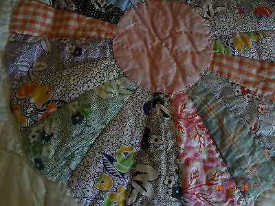 """Beautiful Vintage Dresden Plate Quilt/Perfect Unused Condition/ 90""""x75""""/Lovely!"""