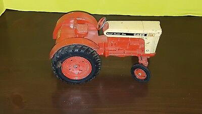 Case 930 Comfort King model toy tractor, 1:16 scale, Metal, by Ertl