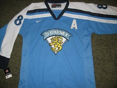 NWT, Selanne Team Finland jersey, mens L, all sewn on, beautiful