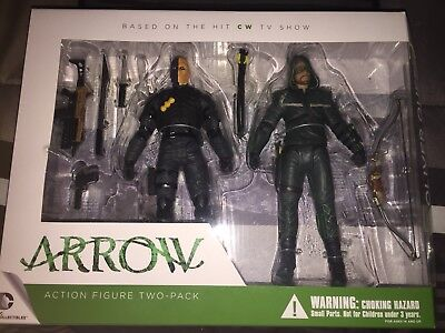 DC Direct Green Arrow TV Show Oliver Queen & Deathstroke Action Figure 2 Pack